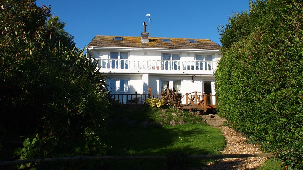 Freshwater East Holiday Cottage Upton Castle Gardens And